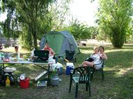 Powered lakeside camping and caravan sites